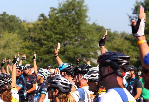 Cyclists rally in Sunset Hills