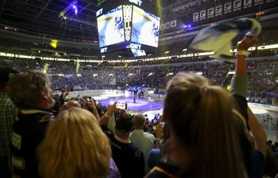 Blues face Sharks in game 3