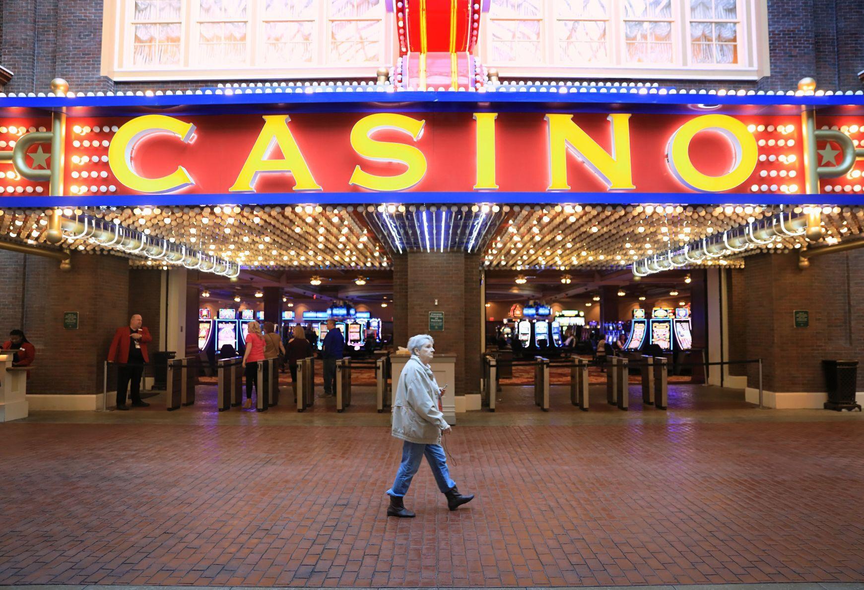stltoday.com - Kurt Erickson - Veterans groups to lobby for higher casino fees to help state-run nursing homes