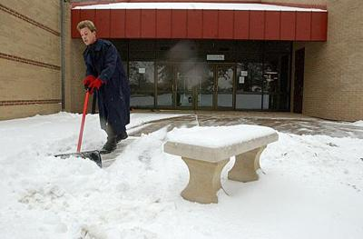 School districts announce closings in various ways