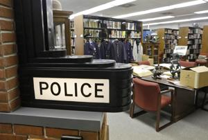 セントルイス警察図書館面の先行き不透明な状況として専攻の道ハイテク撮影トレーナー
