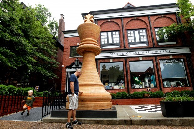 Chess Hall of Fame dedicates 14 foot chess piece.