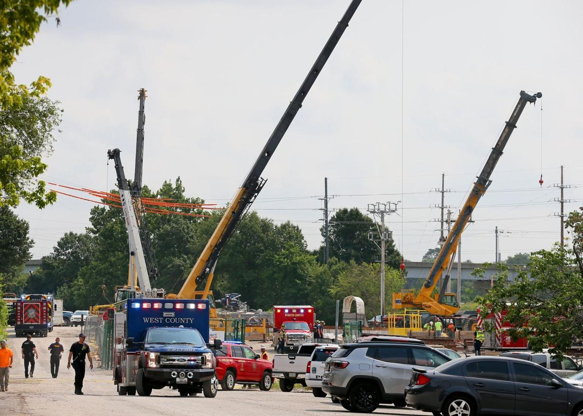 Three injured at MSD's Carr Lane project area