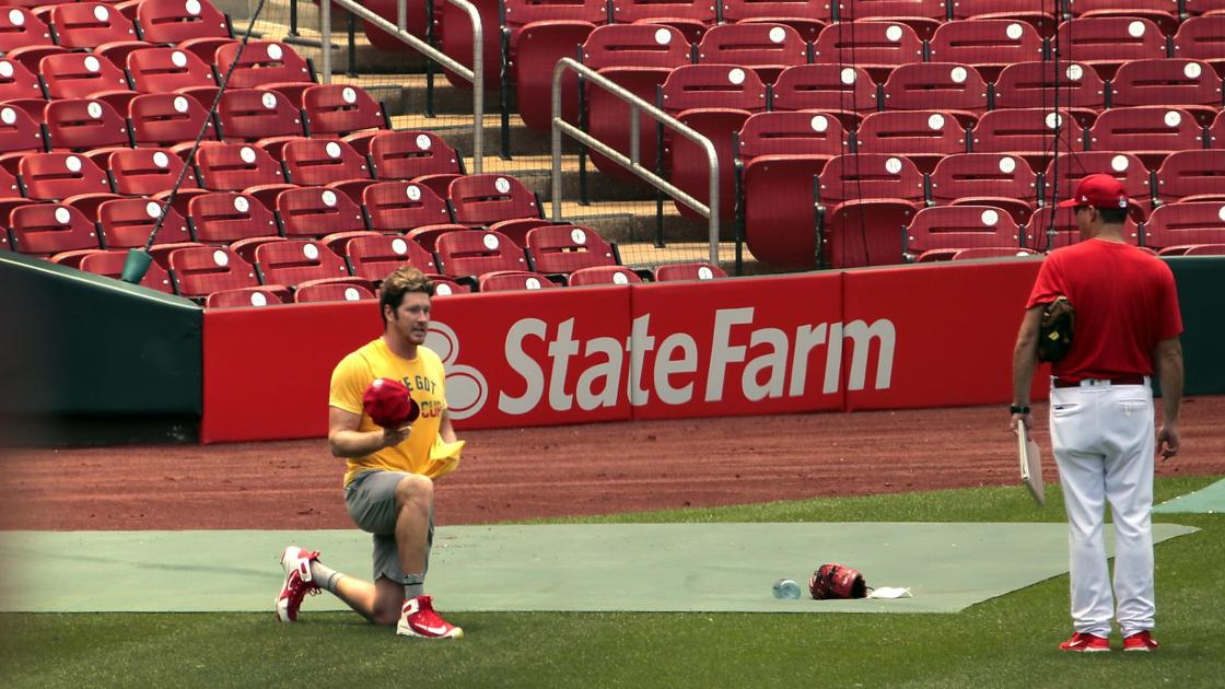 Live from Busch: Cardinals unsure when Gallegos will report; Goldschmidt good to go