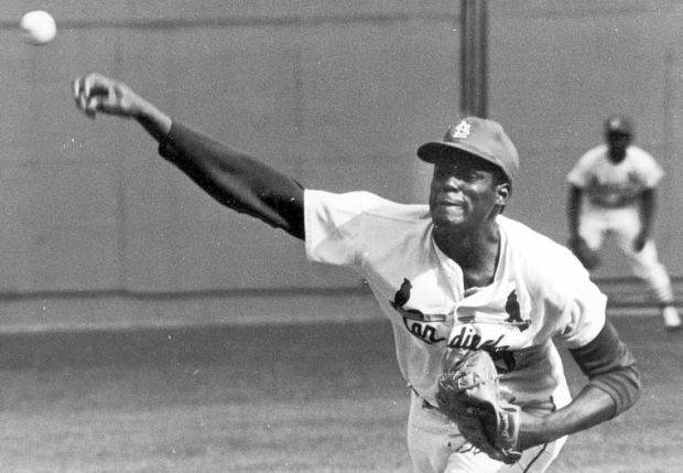 Bob Gibson pitches in 1968 World Series