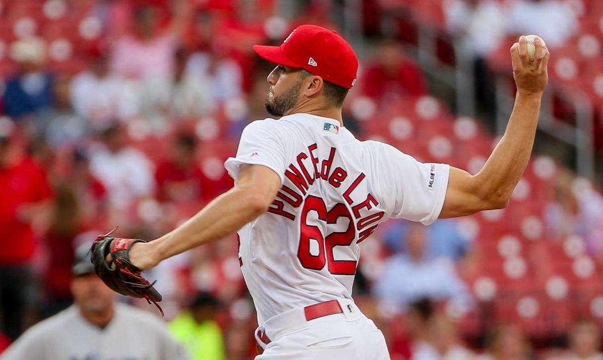 Waino scratched with back spasms, could pitch Sunday for Cardinals