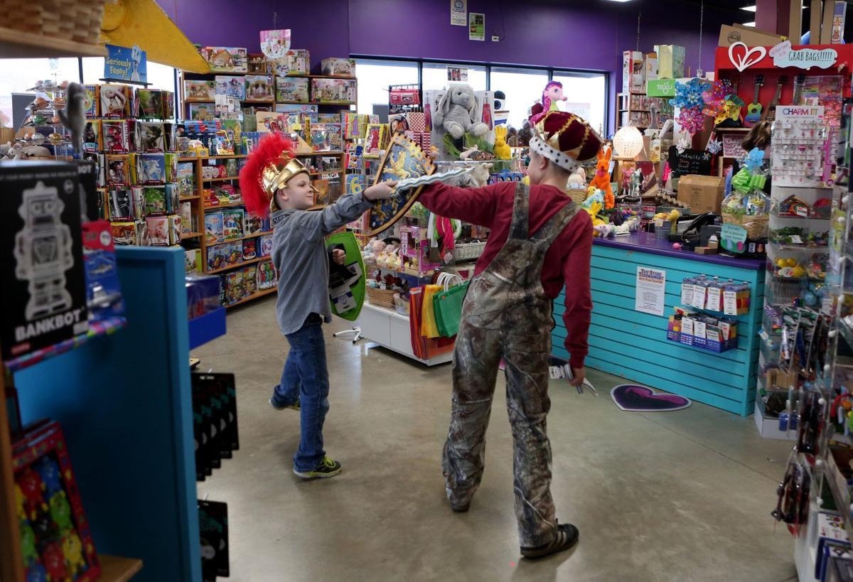 Competition For Toys R Us Shoppers Heats Up Heading Into