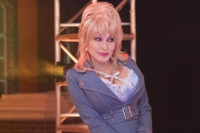 Worth Watching: Dolly's 'Heartstrings' Anthology and More Streaming, 'Much Ado' From Central Park, 'Carole's Christmas' on OWN