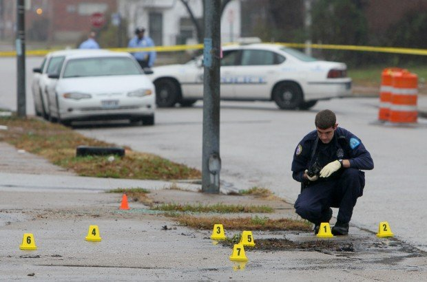 Police officers shoot suspect after chase