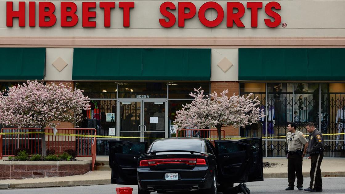 Woman Shot Car Riddled With Bullets Outside Hibbett Sports Store In Jennings Law And Order Stltoday Com