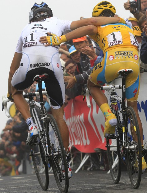 Andy Schleck Takes Dramatic Victory At Tour De France Sports Stltoday Com