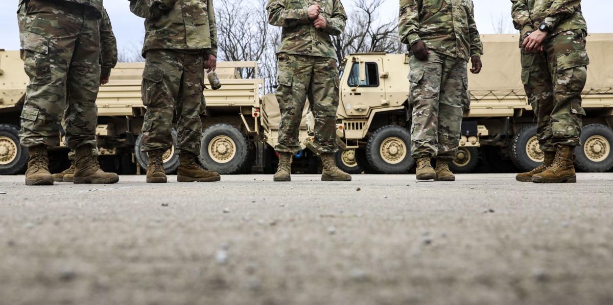 Illinois Army National Guard deploys