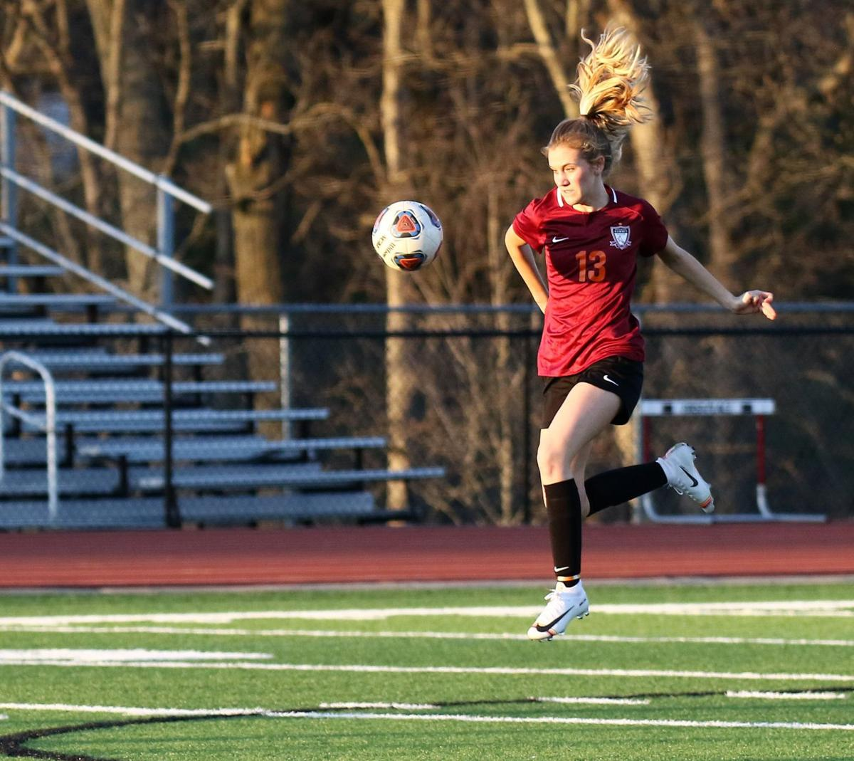 Summit vs. Webster Groves girls soccer