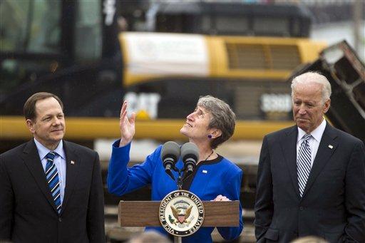 Biden touts St. Louis Arch renovation project