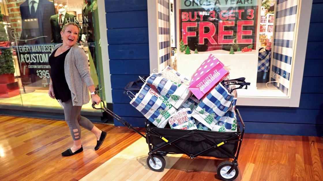 Coronavirus pushes holiday shopping season earlier, including in St. Louis malls