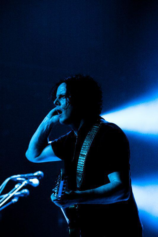 Jack White Locks Up The Phones And Lays Down The Riffs At Chaifetz