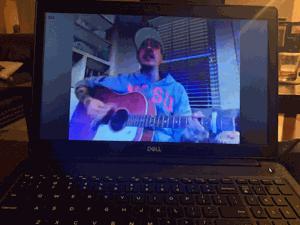 Auf dem beat: Livestream im Wohnzimmer zeigen, bringt der editor einige in der Nähe von 'normalen'