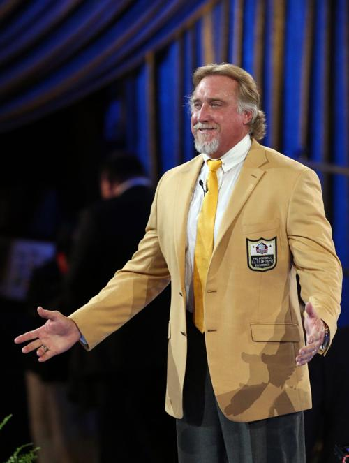 hot sale online 609e8 e842d Pro Football Hall of Fame Gold Jacket Ceremony Kevin Green ...