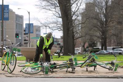 Bike-shares kick off with a chilly start in St. Louis