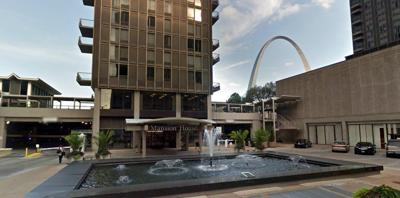 Hundreds Of Residents Forced Out Of Downtown St Louis Apartment