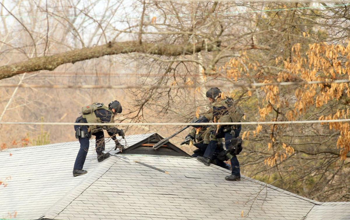 Police investigate shooting in Ferguson