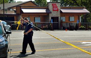 四逮捕され、薬物及び銃押収されに襲でWellston市場