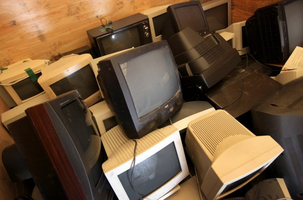 electronics recycling drive in st louis gallery. Black Bedroom Furniture Sets. Home Design Ideas