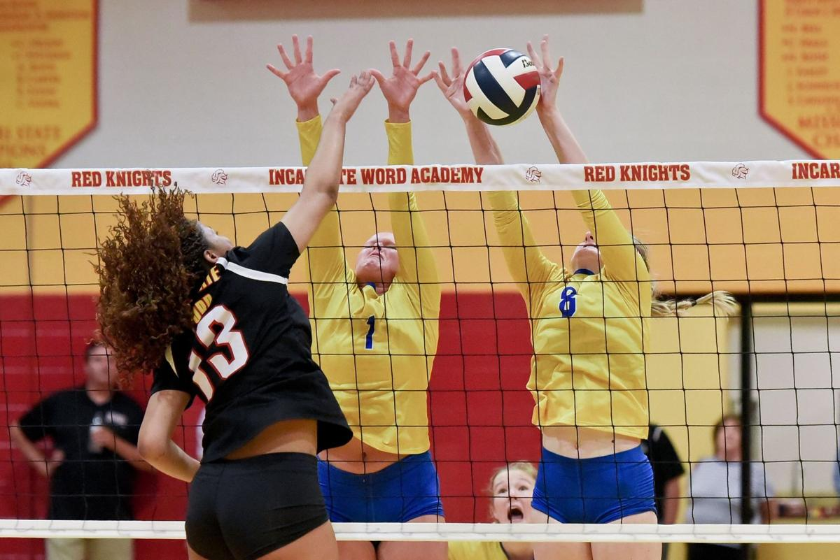 Borgia at Incarnate Word girls volleyball