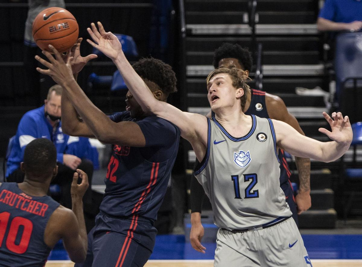 Billikens face off with Flyers
