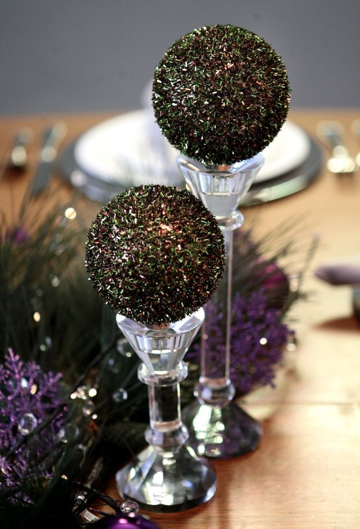 Holiday tabletop: Pillar candeholders