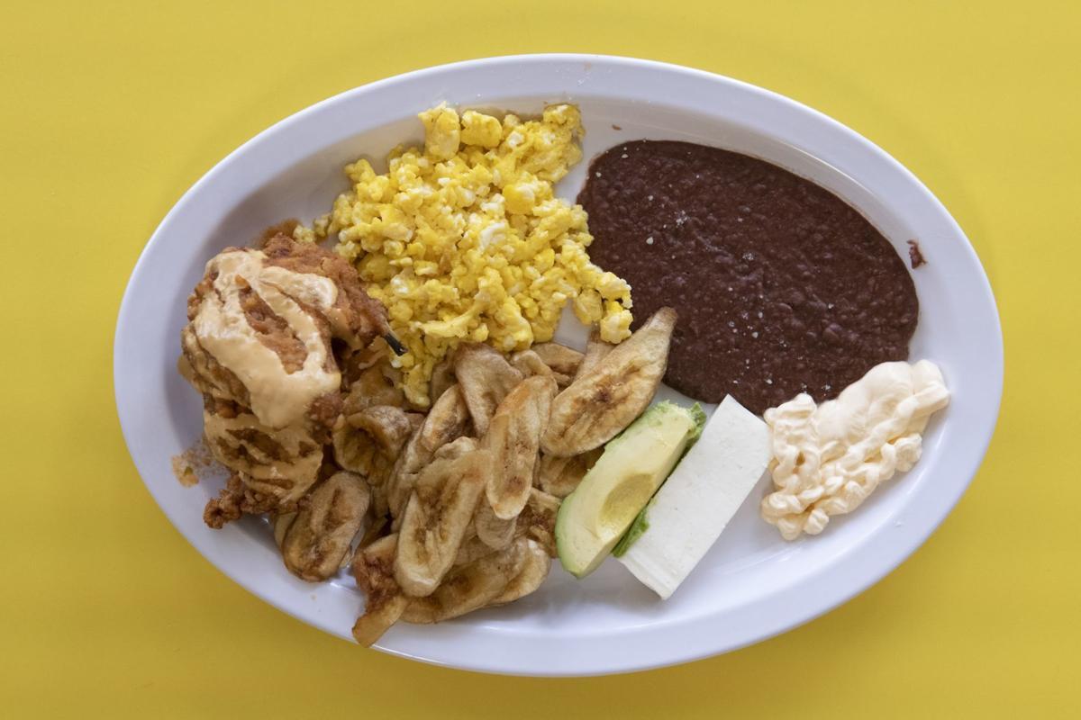 Dining Review: Merendero Las Catrachitas