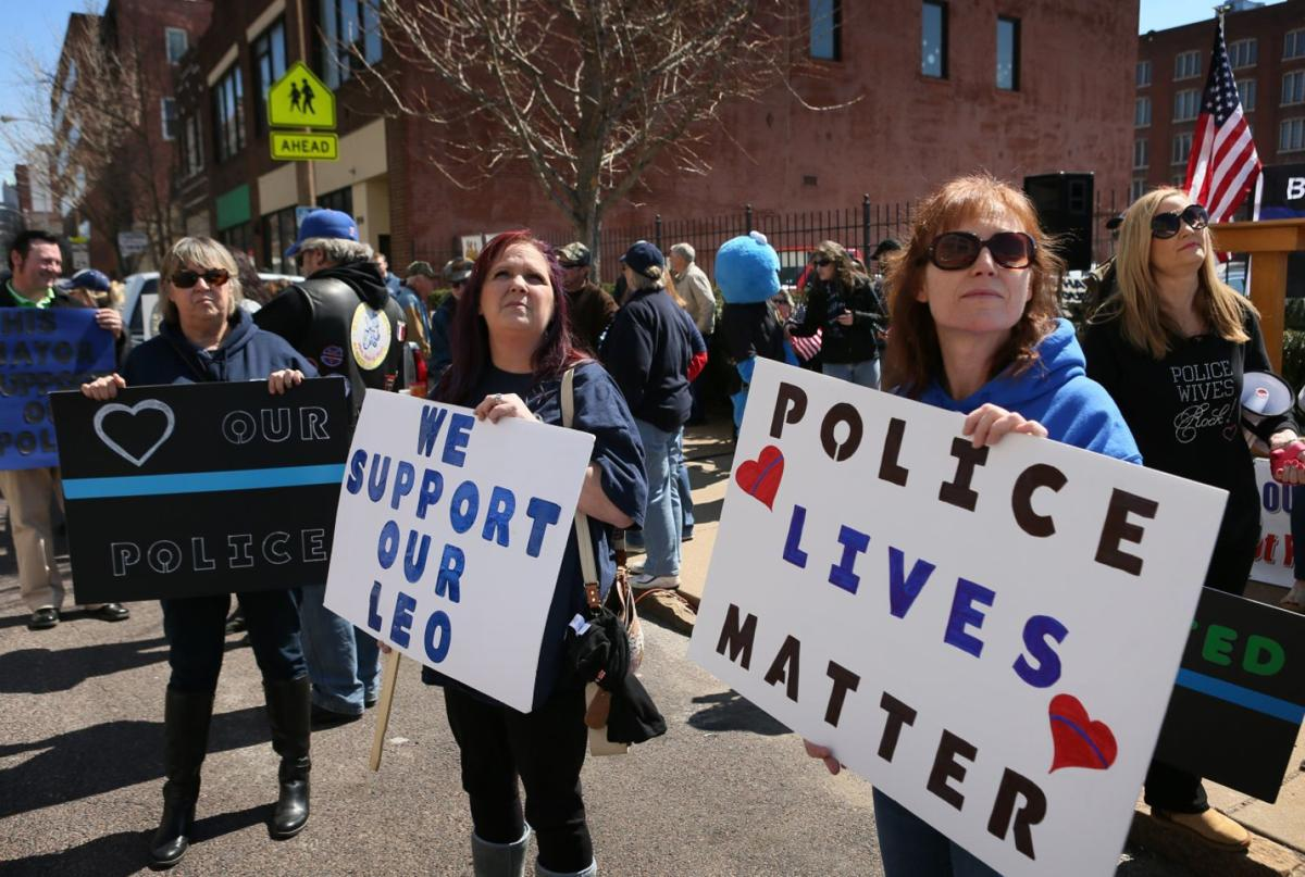 Rally in support of police out St. Louis police headquarters