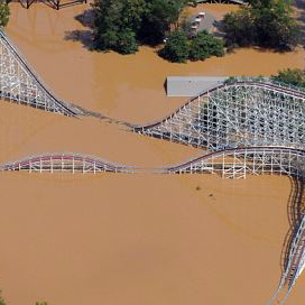 Screamin Eagle Six Flags St Louis Flooded - About Flag