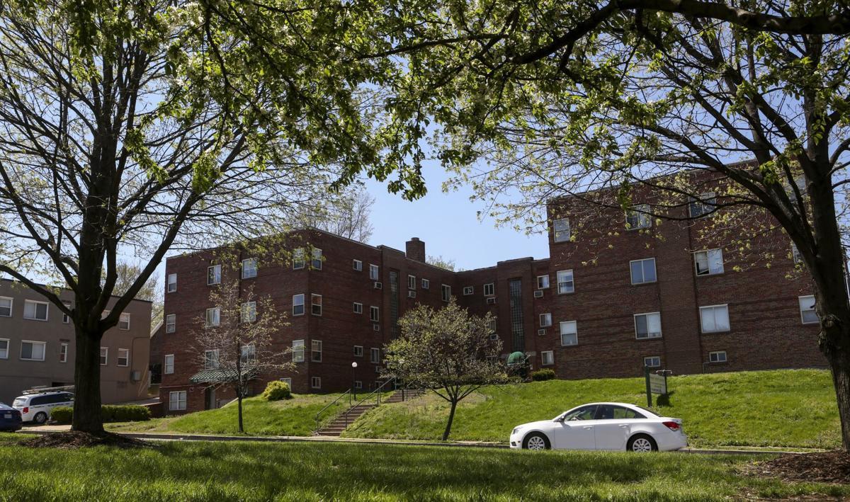 Hampton Courtyard Apartments