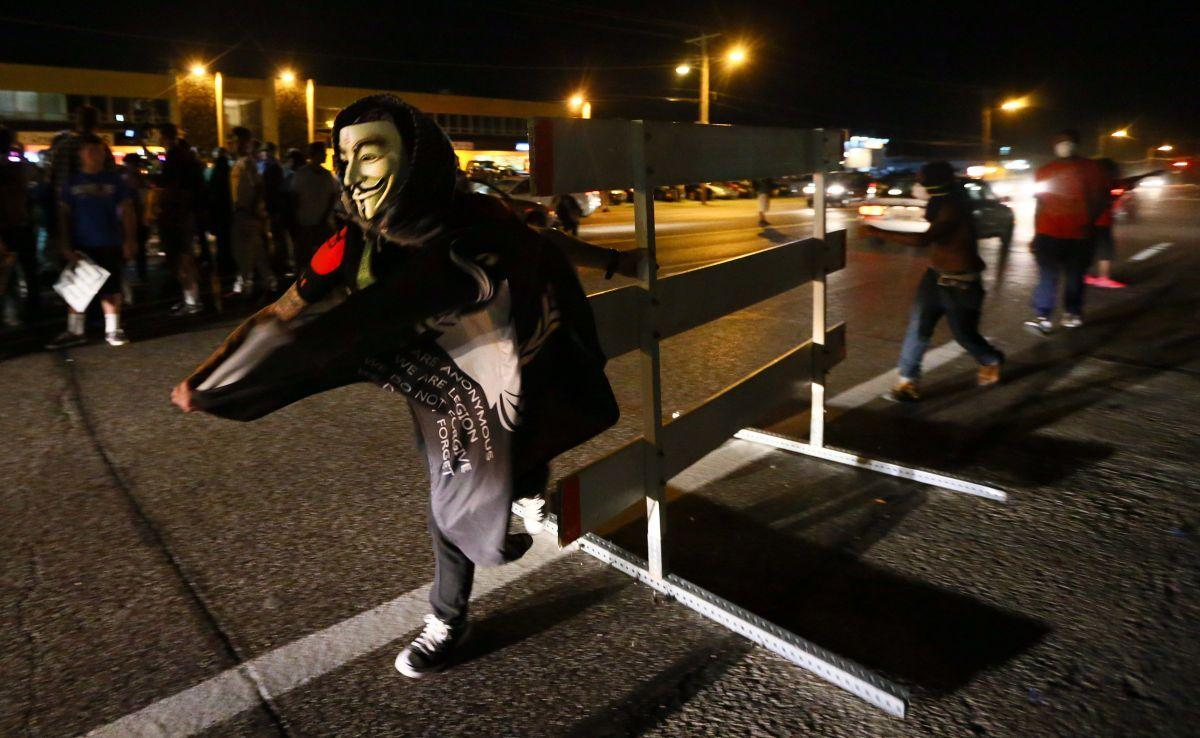 More street protests in Ferguson