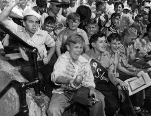 Hochman: Jetzt 75 Octobers später, einen Namen für das Gesicht des berühmten Cardinals-Browns World Series Foto