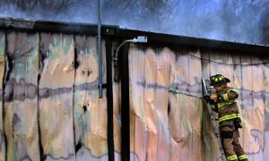 従業員のジェファーソン郡のゴミ-運搬などの事業金型のビルドする際に発火す
