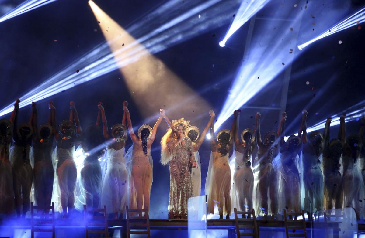 10+ Grammys Stage
