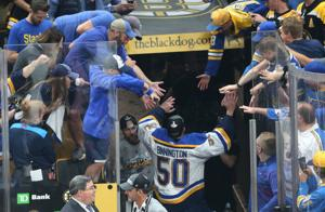 Blues είναι πίσω στη Βοστώνη — σκηνή του πρωταθλήματος