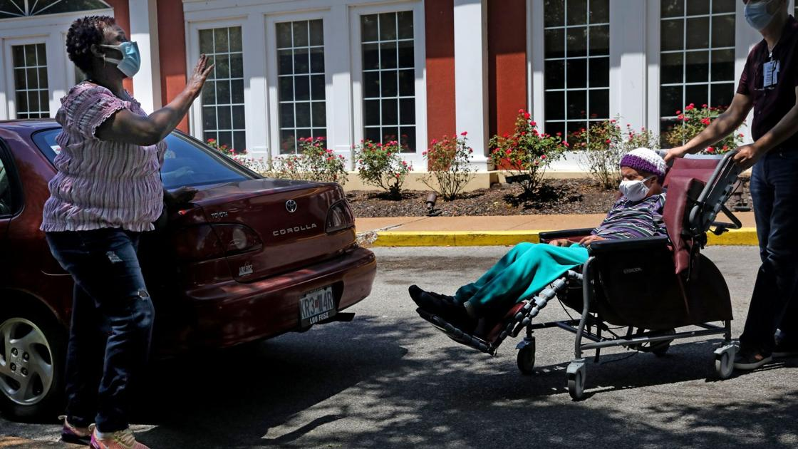 COVID-19 infections at St. Louis County nursing homes down since pandemic's start, report says, as death tally nears 500 thumbnail