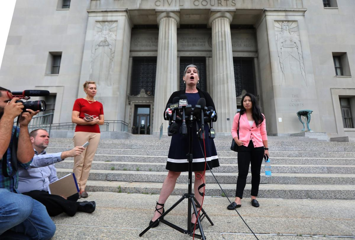 St. Louis judge extends Planned Parenthood's license to allow appeal to state commission
