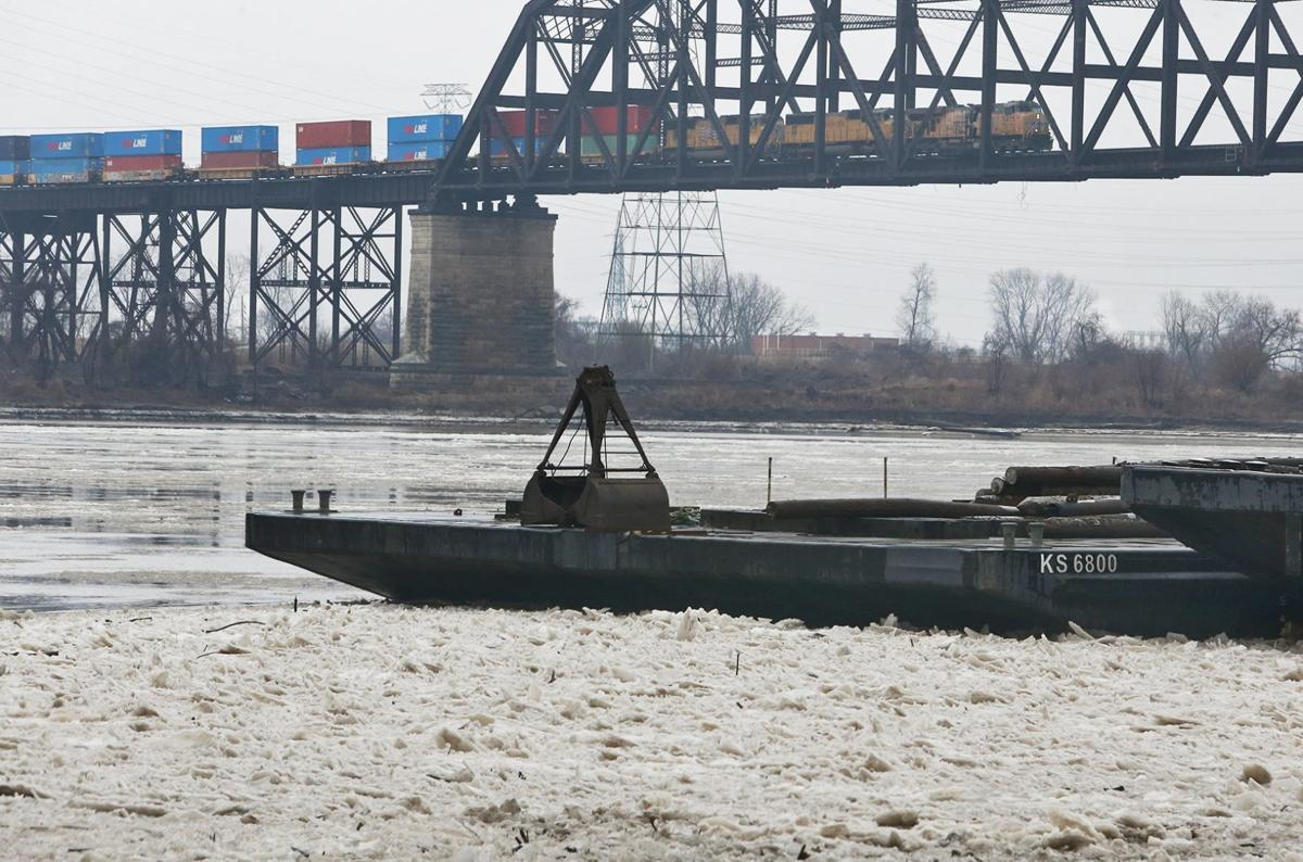 River towns brace for the worst along Mississippi and others in