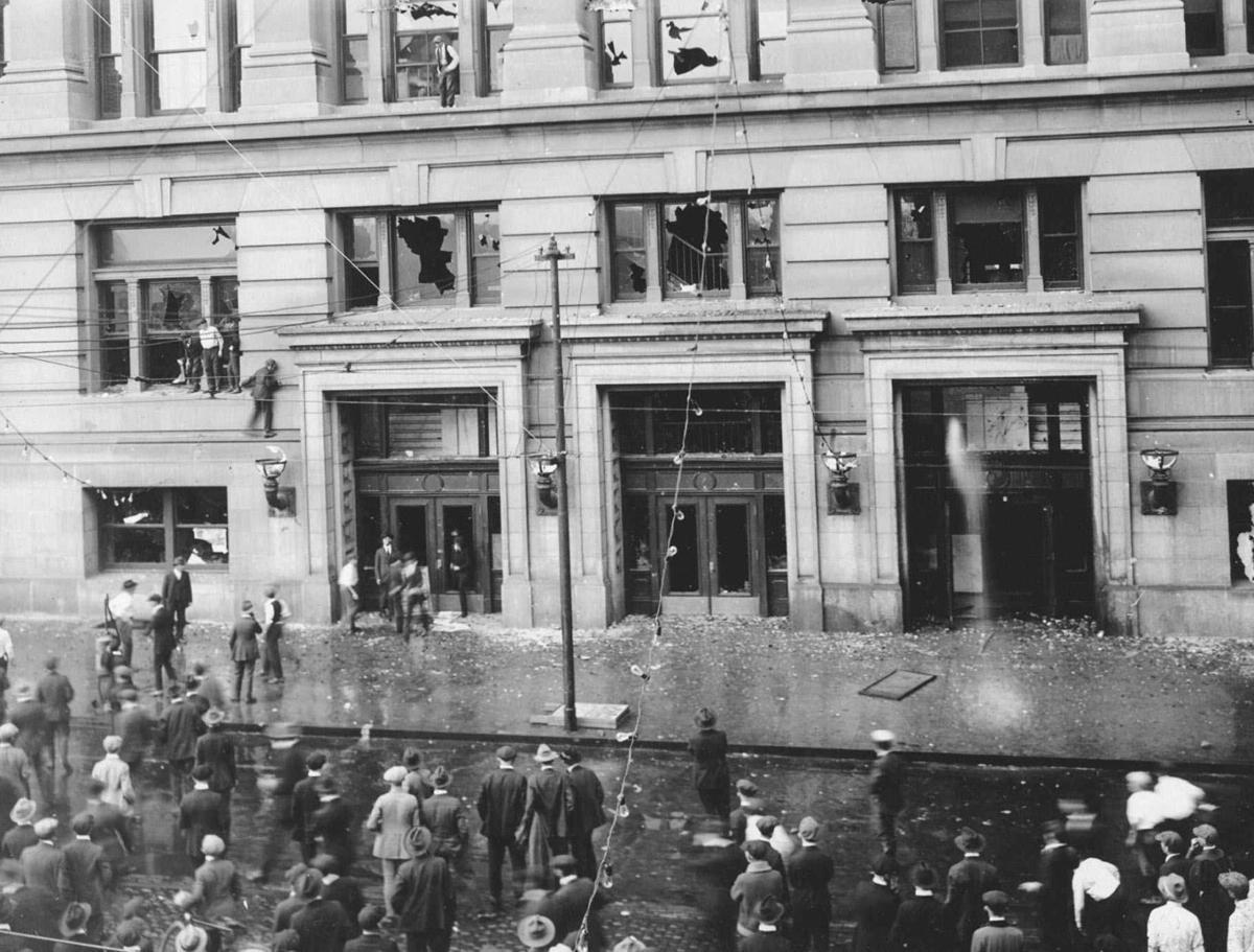 1919: Omaha lynching