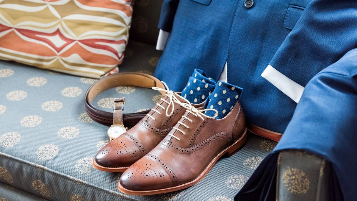 Blue suit, shoes, socks, belt