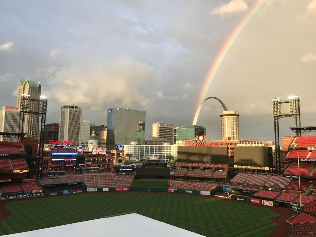 Busch stadium outfield view 2