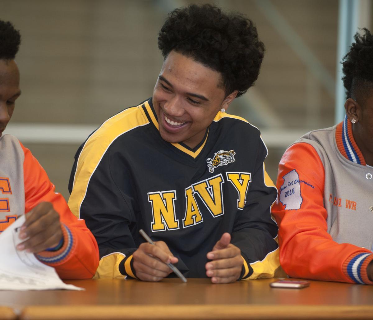 abe7e36105e Perez ready to set sail to Navy  Flyers teammates set to face off ...