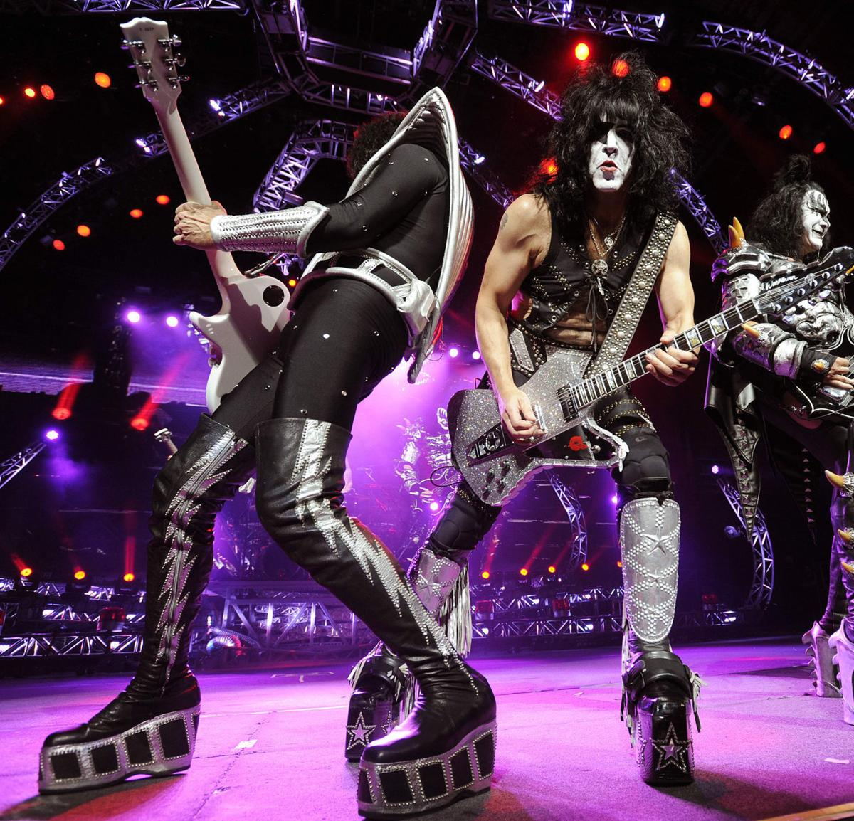 One last KISS: Costumed headbangers say farewell (again) with 'End of the Road' tour