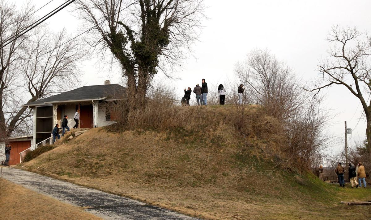 Group from Osage Nation visits St. Louis mound
