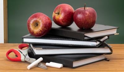 teacher apple books classroom