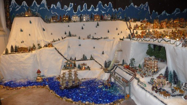 Christmas Village Display.Weldon Spring Woman Goes All Out With Christmas Village